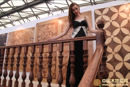 亮相2012复古橡木地板新品和高端艺术拼花地板系列