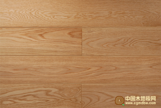 它具有木材自然生长的纹理