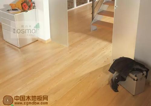 蜡油地板保养指南