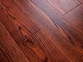 燕泥实木复合地板丹枫